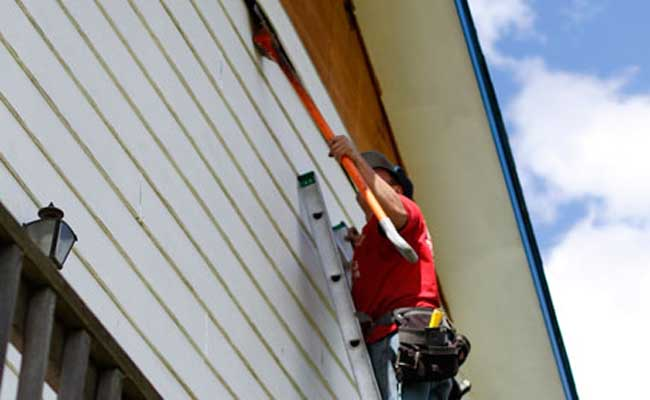 Professional Siding Contractors Can Make Your Home's Exterior Look Amazing